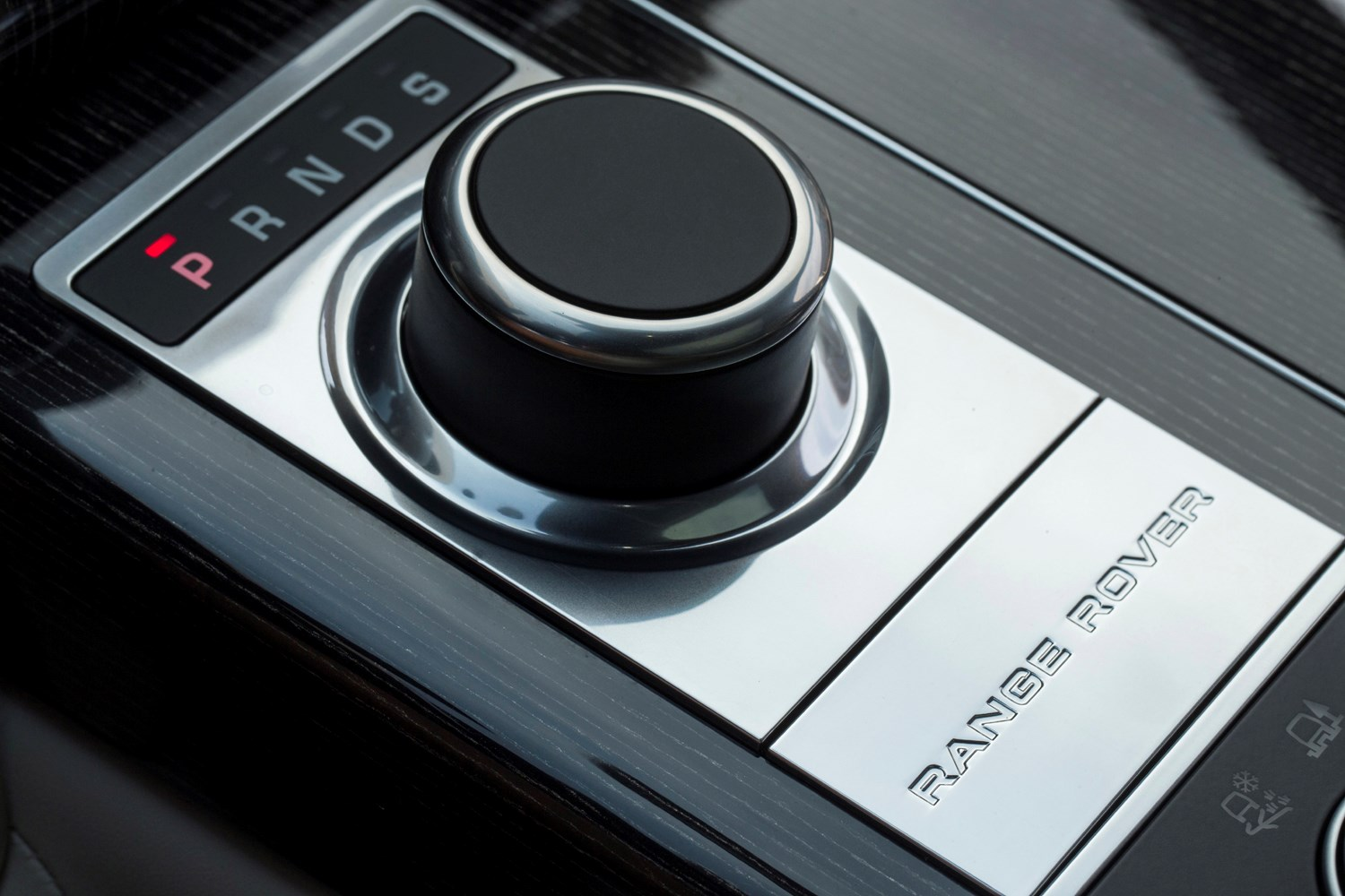 what is better automatic or manual car